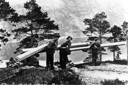 Historisk bilde fra byggingen av Flørli Kraftstasjon