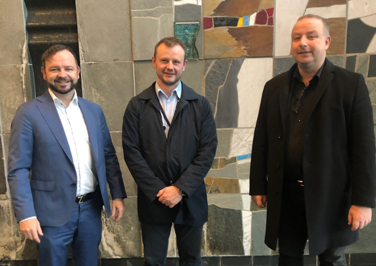 Fra venstre: Konserndirektør Øivind Askvik i Skagerak Nett, administrerende direktør Håvard Tamburstuen i Lyse Elnett og administrerende direktør Ketil Tømmernes i BKK Nett. Bildet av de tre nettdirektørene er tatt på et tidligere tidspunkt.