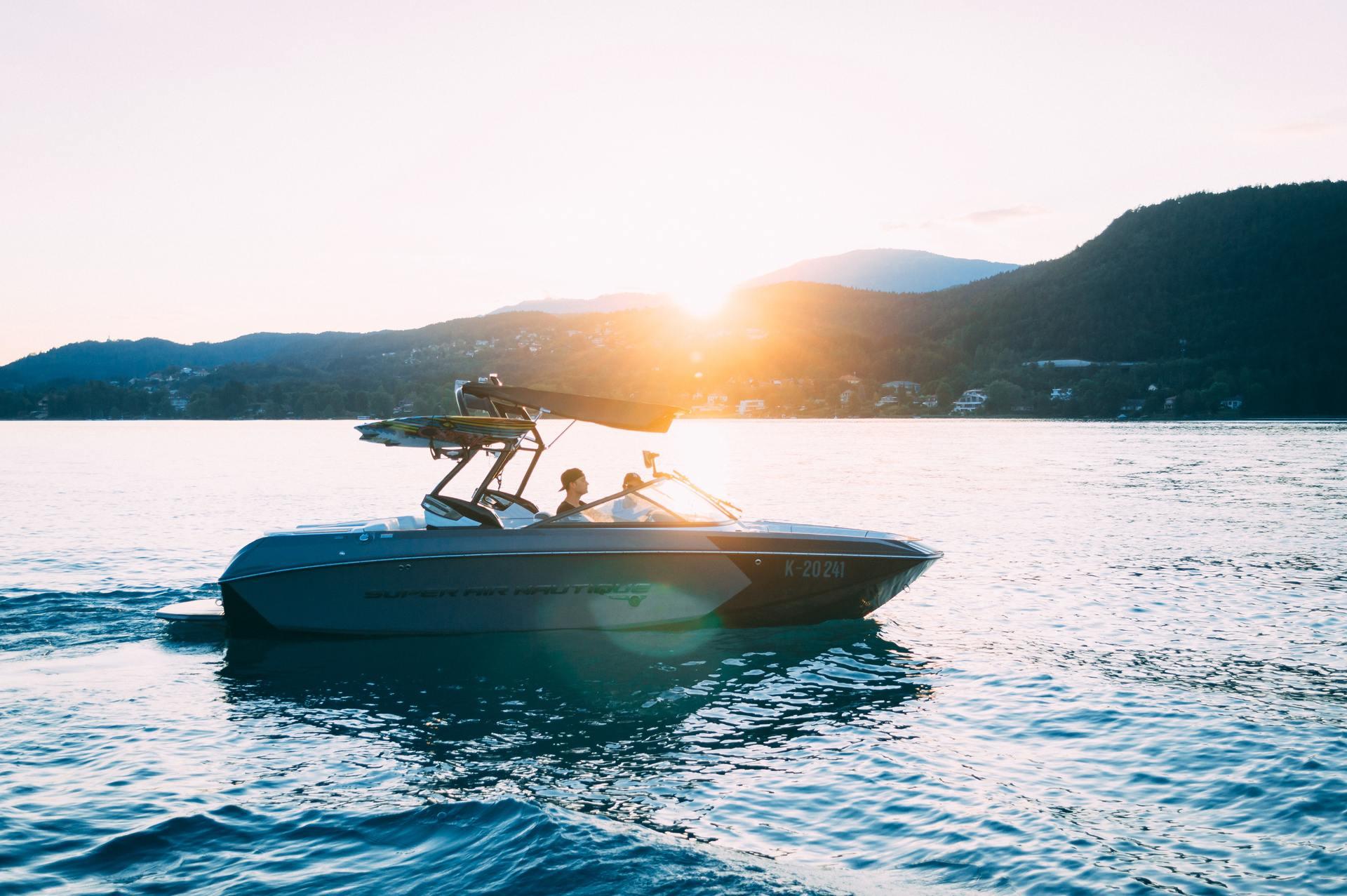 Systemet som Lyse nå har investert i, har som mål å redusere tap av liv ved ulykker og redusere kostbare skader på båten.
