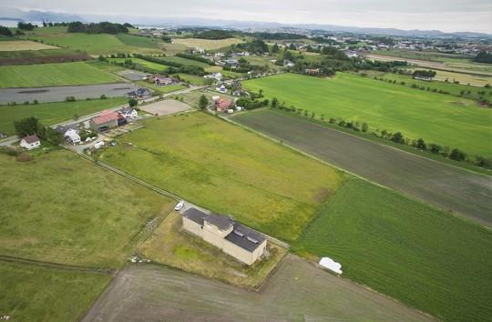 Flyfoto av eksisterende transformatorstasjon i Randaberg
