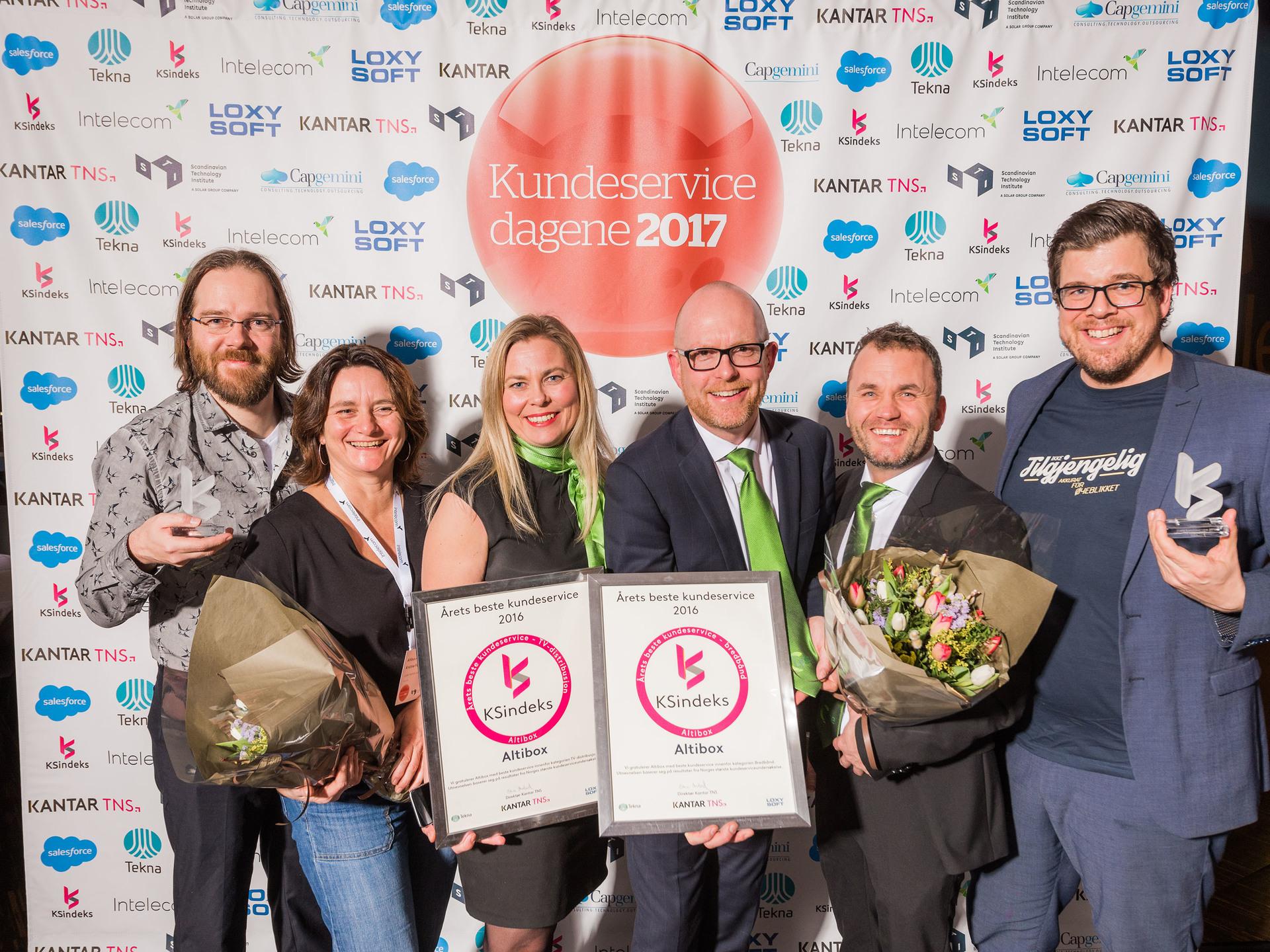 Foto av prisvinnere - TNS