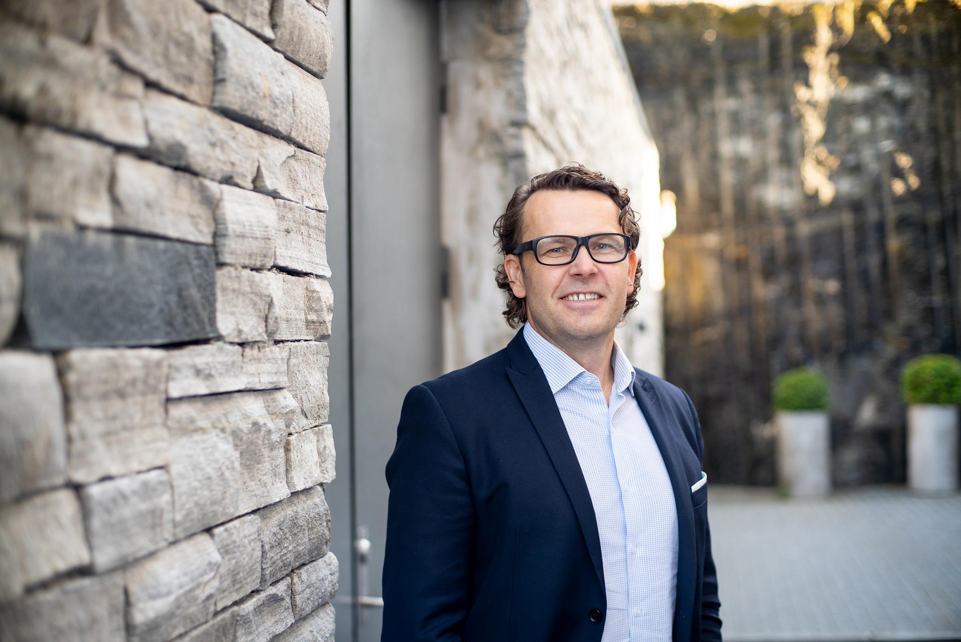 Bilde av administrerende direktør Thomas Skjelbred i Altbox.