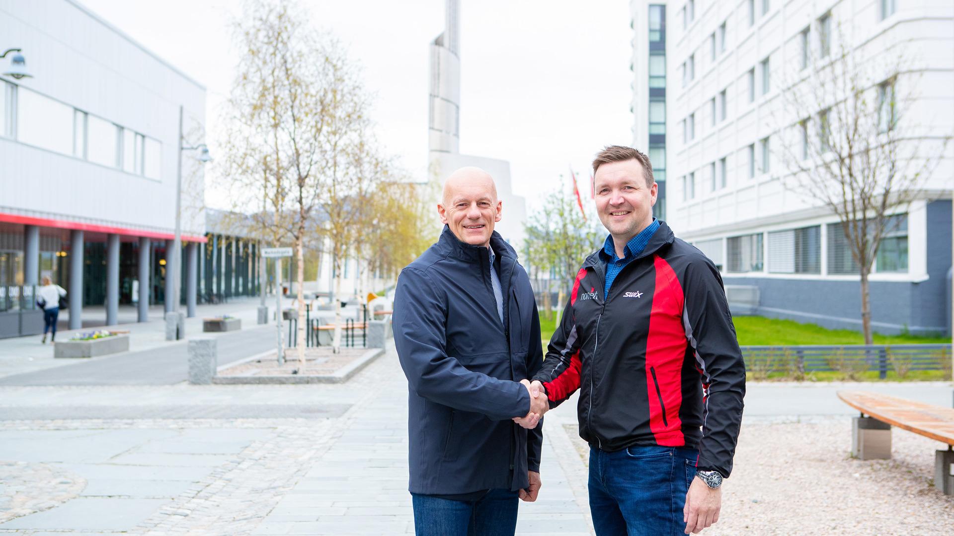 Bilde av Ole-Johnny Johansen og  Roger Strømeng.